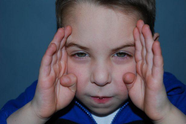 Как обучать ребенка с РАС сосредоточенному вниманию