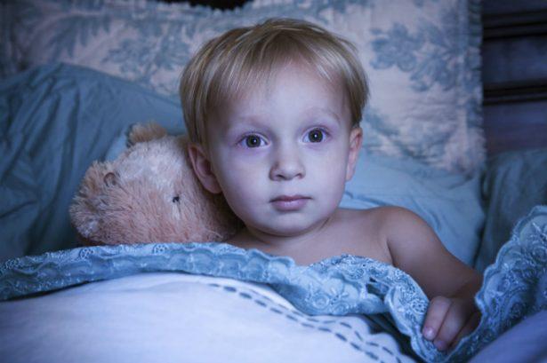 Как преодолевать выраженные трудности со сном у ребёнка с РАС