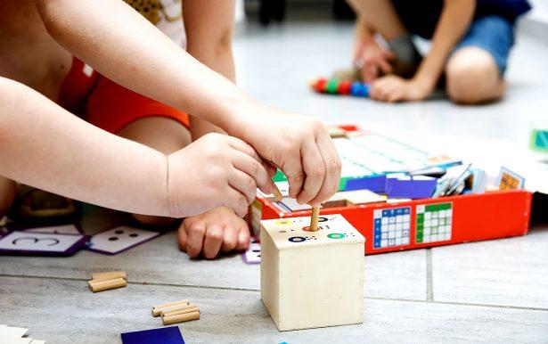 10 особых игрушек и игр, которые понравятся вашему ребенку c РАС
