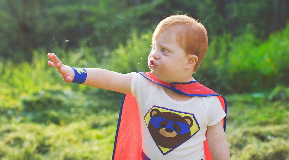 8 способов одеть комфортно ребёнка с РАС