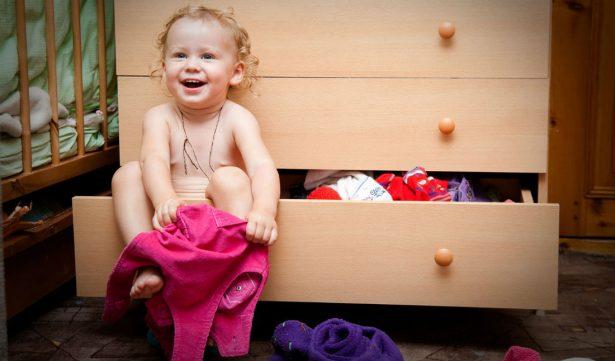 21 способ научить одеваться самостоятельно ребёнка с РАС