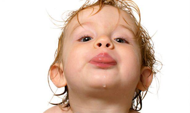 Слюнотечение у особого ребенка: Первые шаги к преодолению проблемы