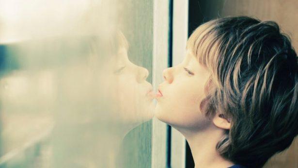 Десять стратегий, как успокоить ребенка с РАС